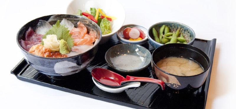 WOKUNI 海鮮丼ランチ